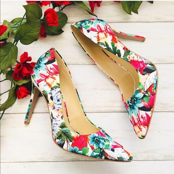 c50970b41d Jessica Simpson Shoes - Jessica Simpson| Floral Heels| Size 10